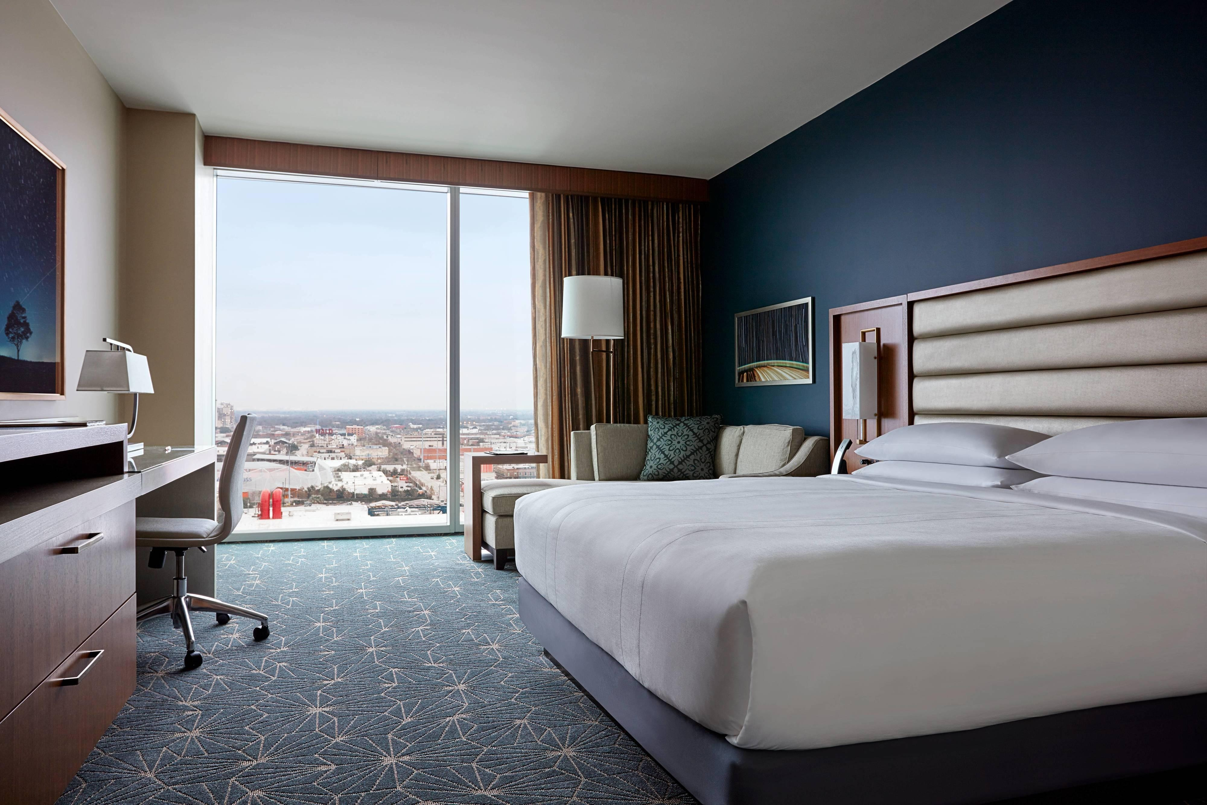 King M Club Access Guest Room