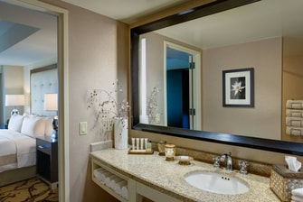 One-Bedroom Junior Suite Bathroom