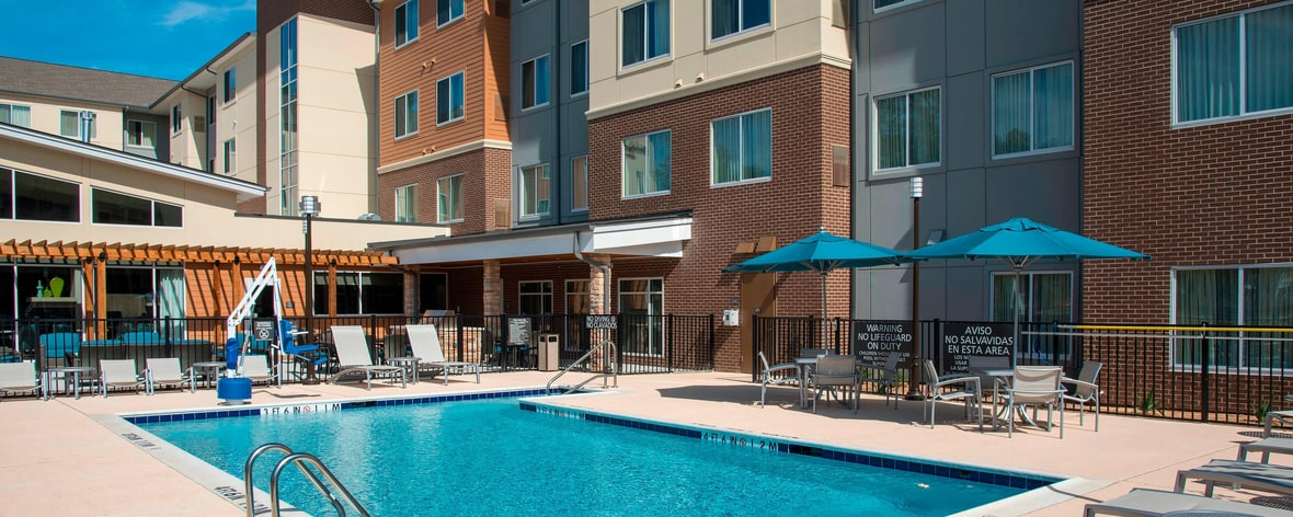Residence Inn Houston Springwoods Village - Piscina al aire libre