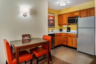 Cocina de la suite del hotel en Houston