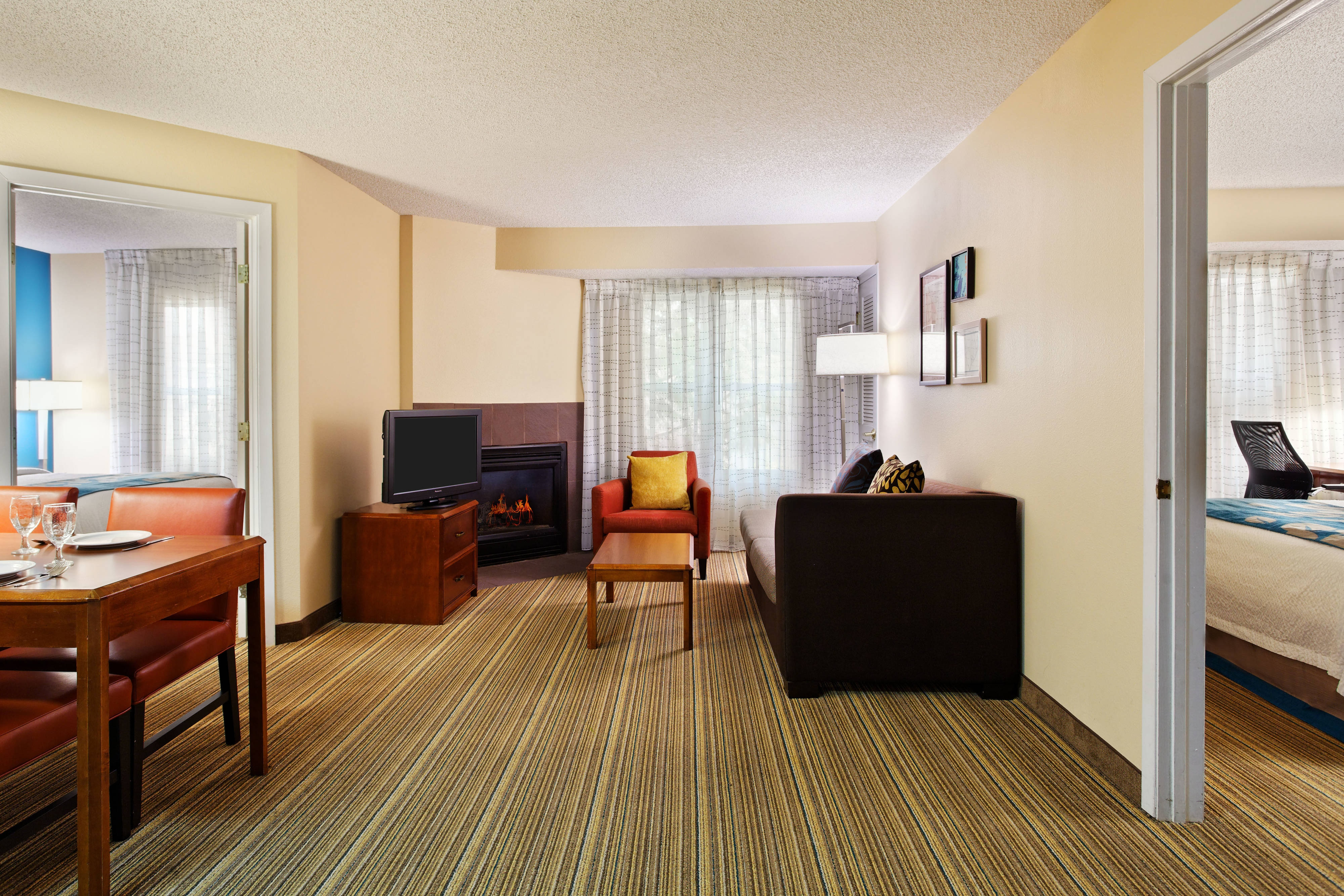 Best sugar land extended long term stay hotel pet friendly - Two bedroom suites in houston tx ...