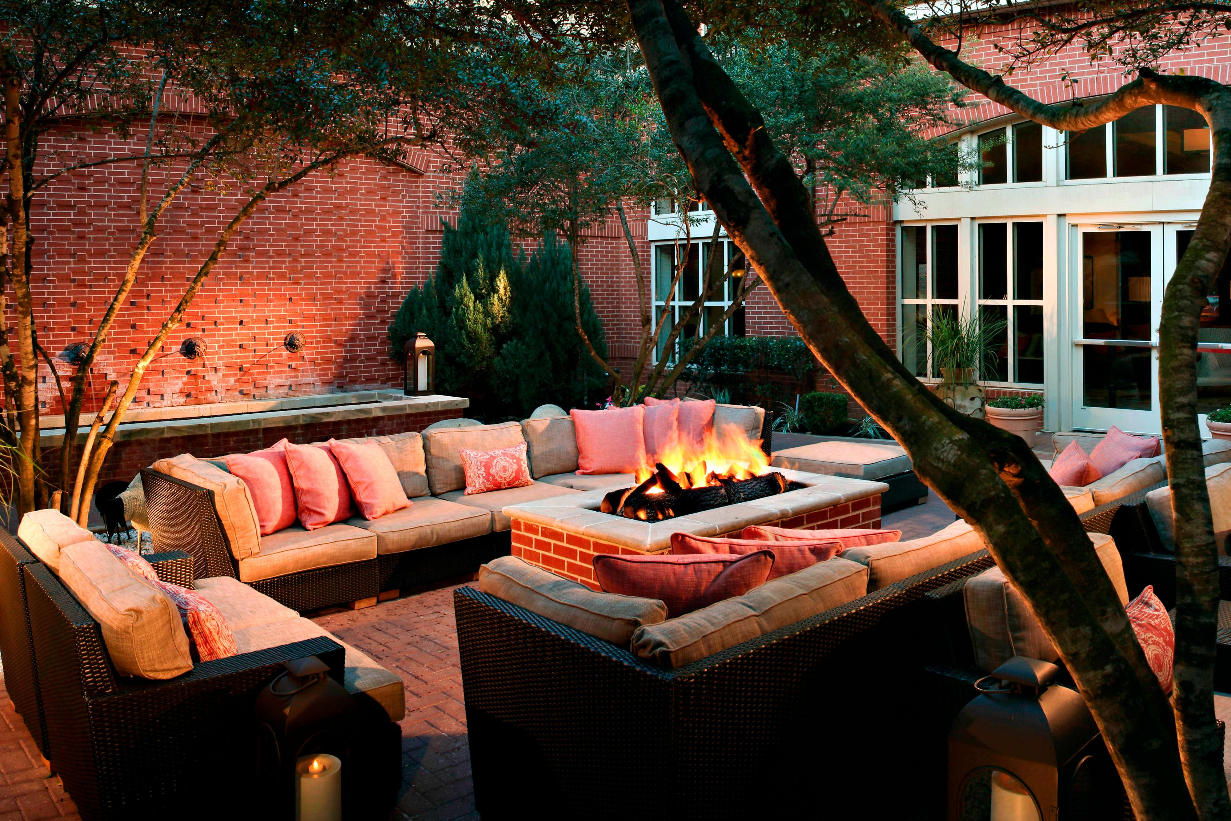 Sugar Land Marriott Fire Pit