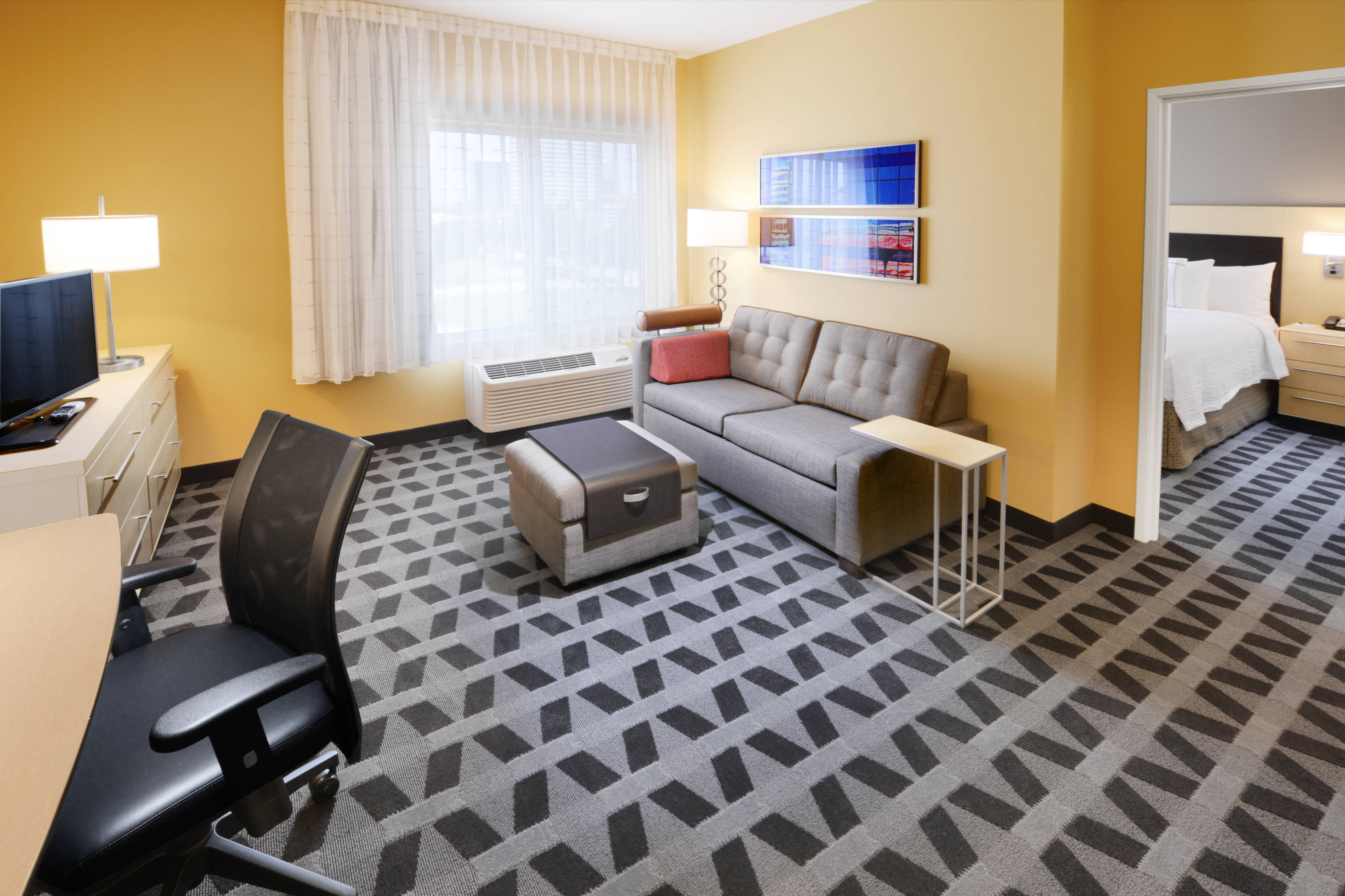 Hotel Suite in Westhcase Houston