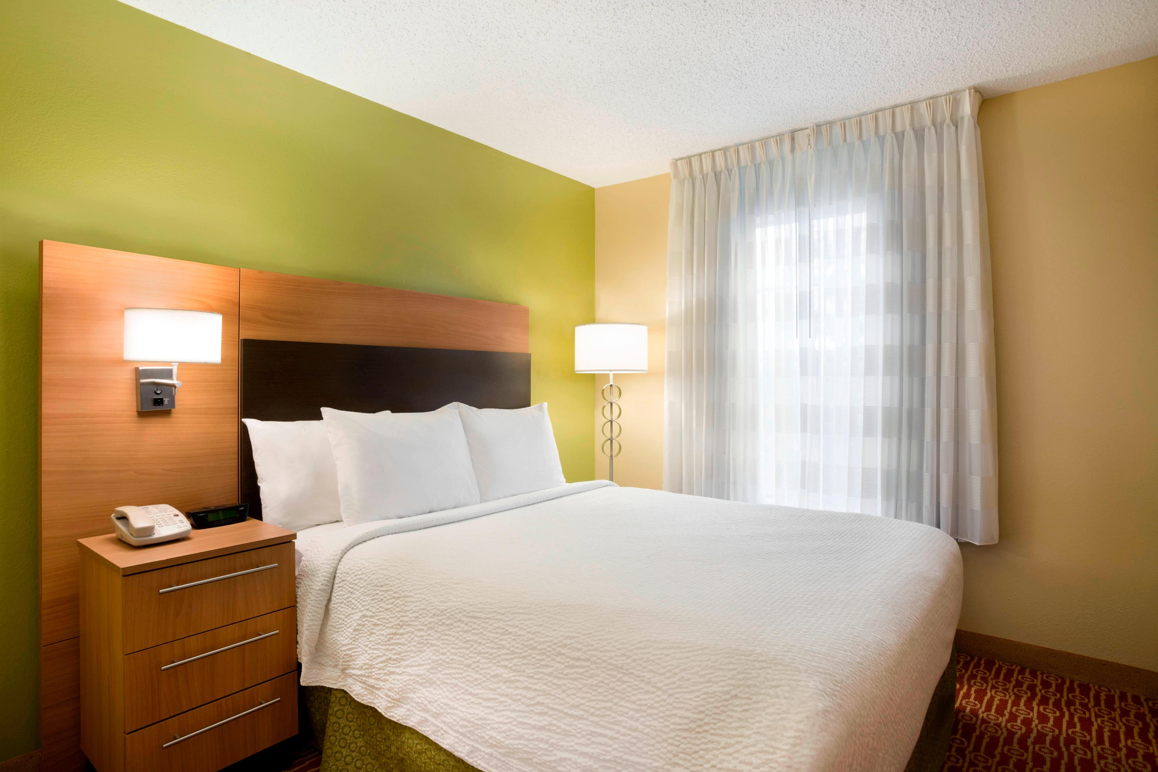 Extended stay hotels houston towneplace suites houston - Two bedroom suites in houston tx ...
