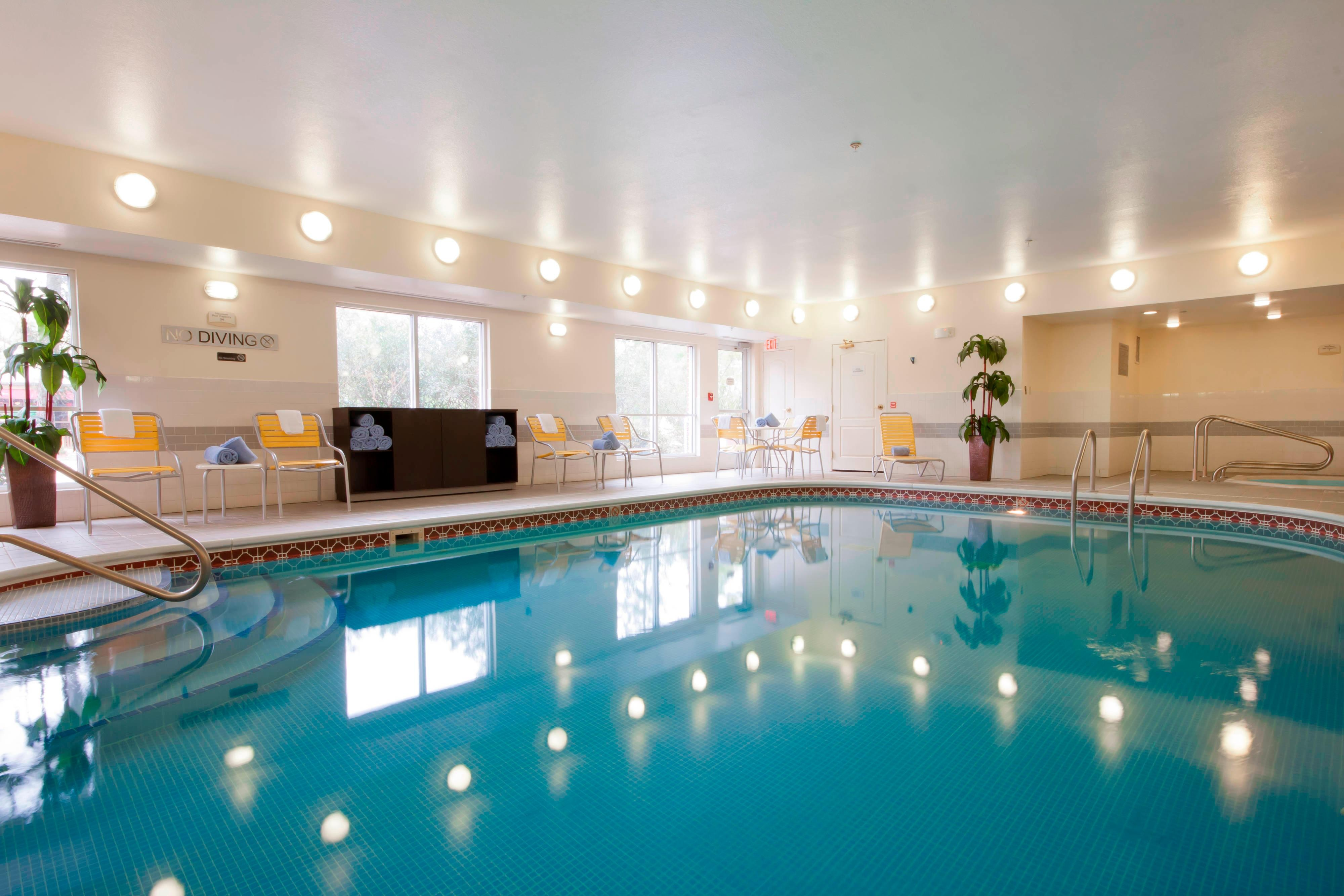 Houston Woodlands Hotel Indoor Pool