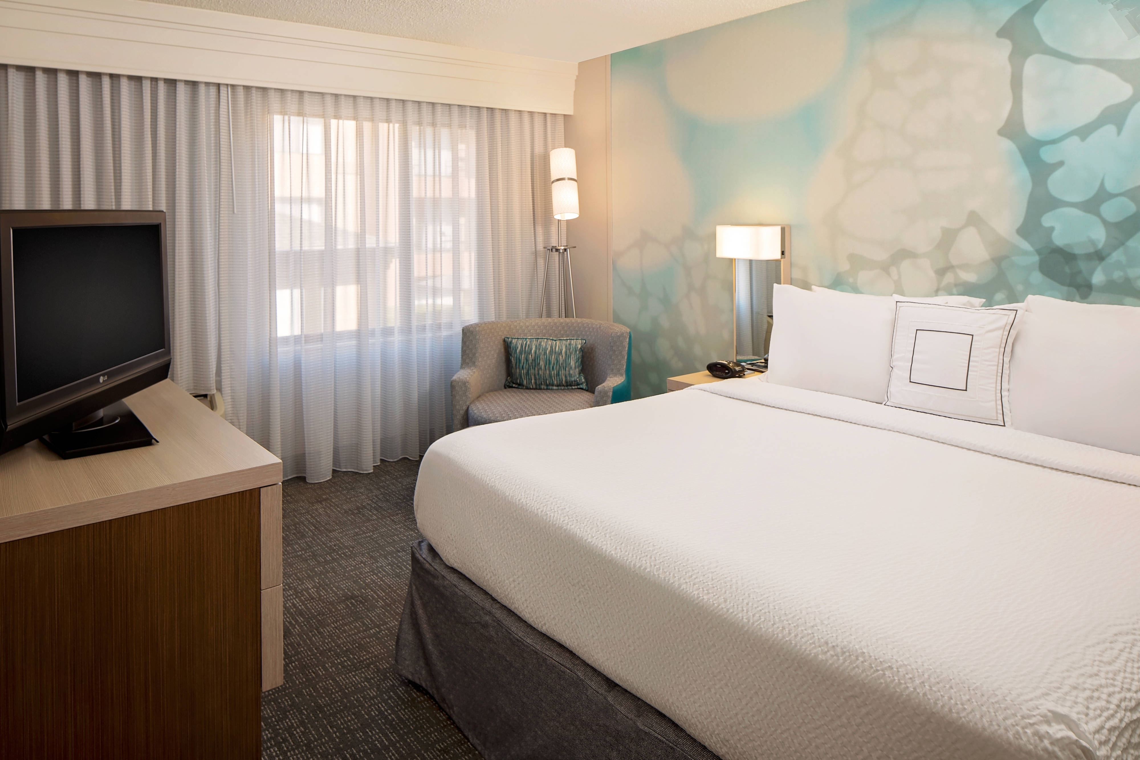 Chambre avec lit king-size