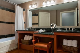 Parlor Suite - Bathroom