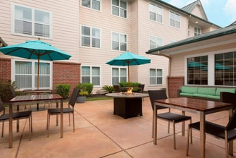 The Woodlands, TX Hotel Outdoor Patio