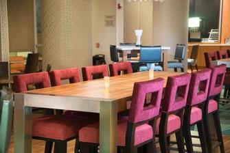Lobby/Dinning Seating