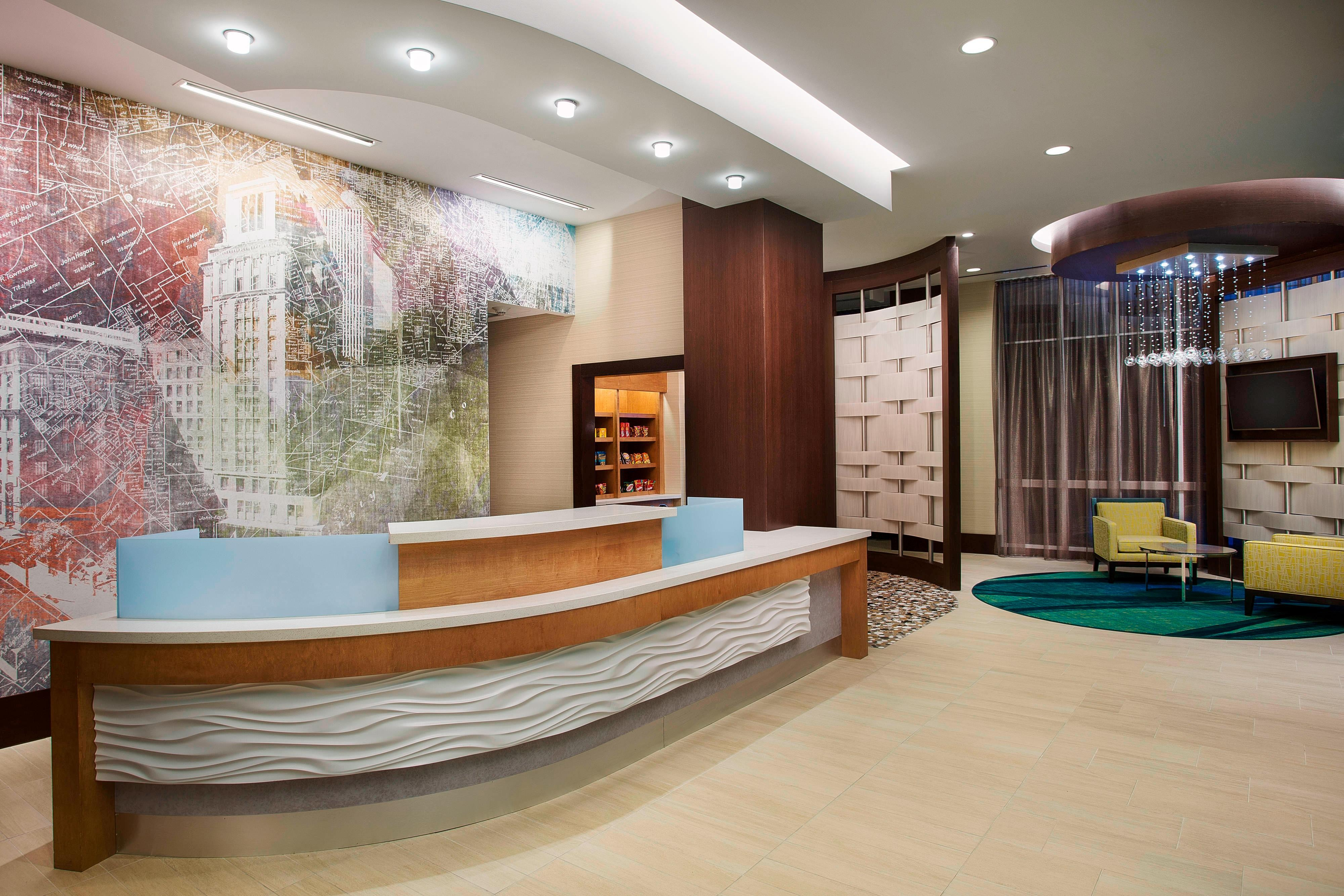Downtown Houston Hotel Front Desk
