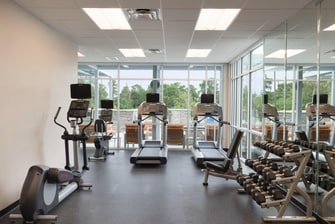 Hotel de Houston con gimnasio