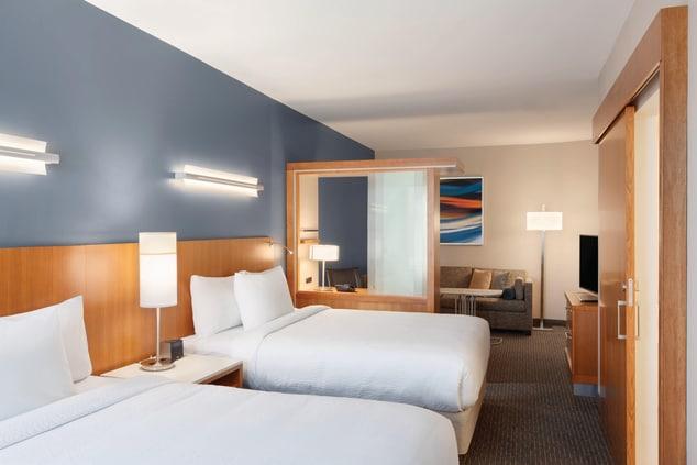 Northwest Houston Queen/Queen suite