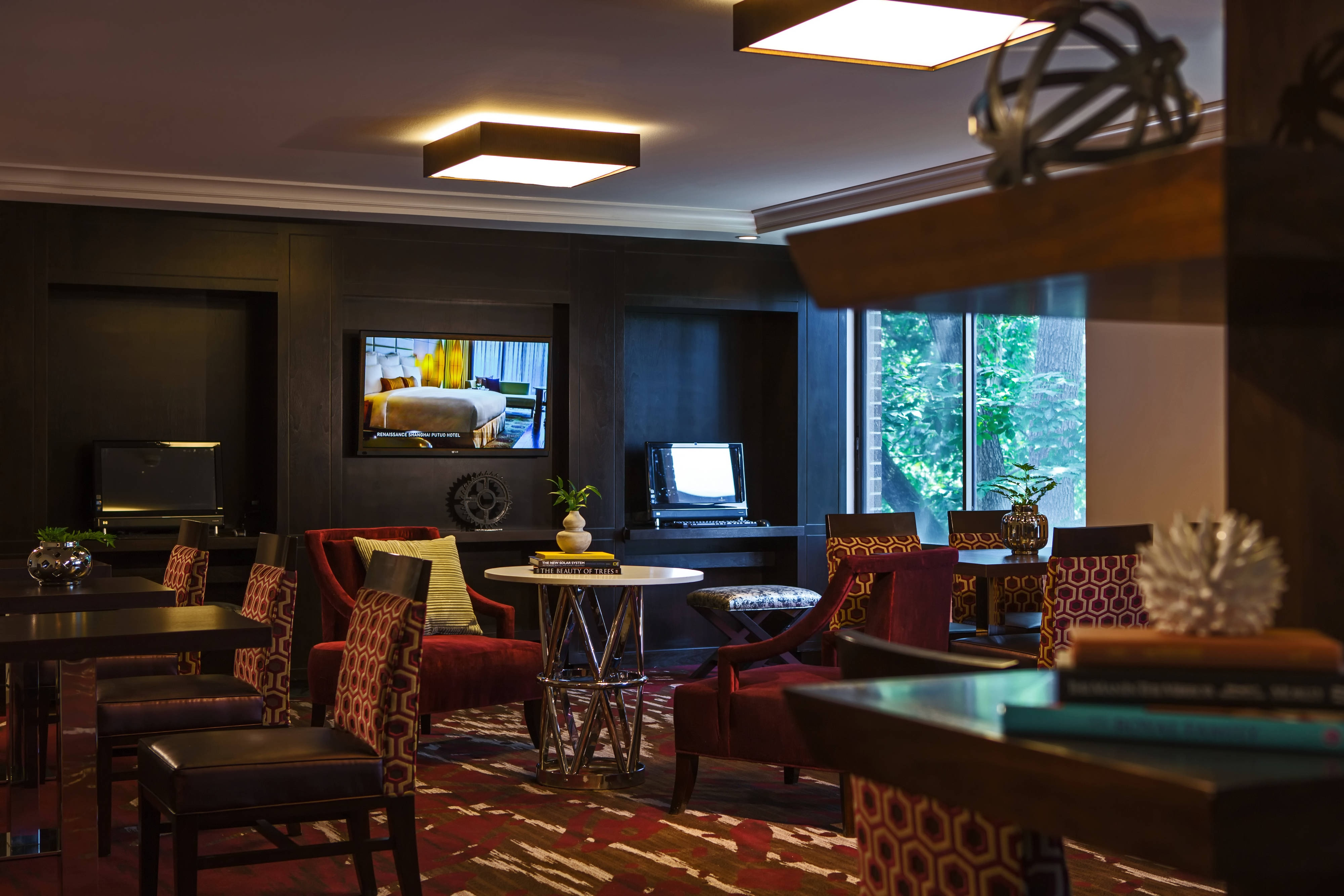 Tarrytown hotel Club Lounge