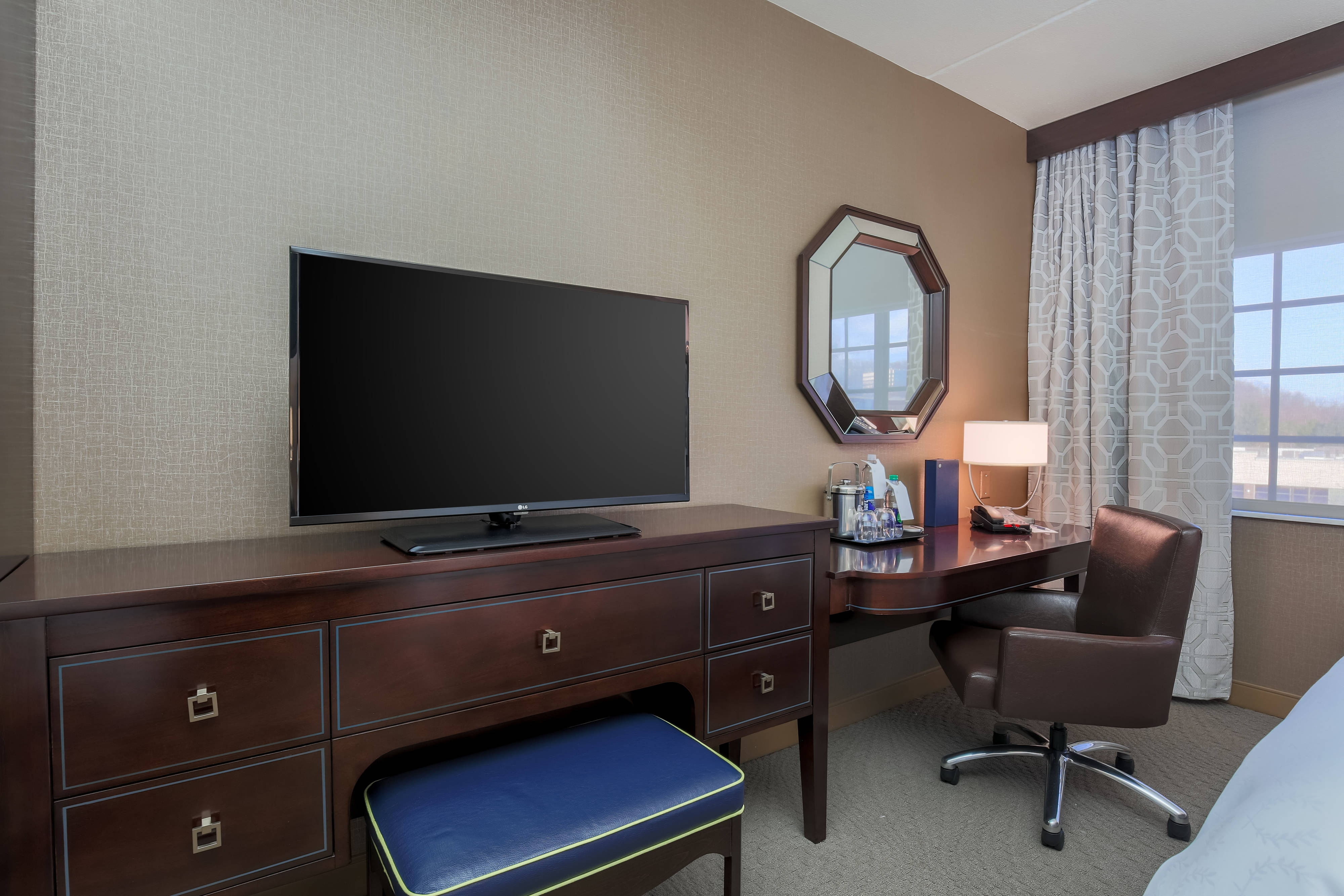 Double/Double Guest Room TV Desk 2