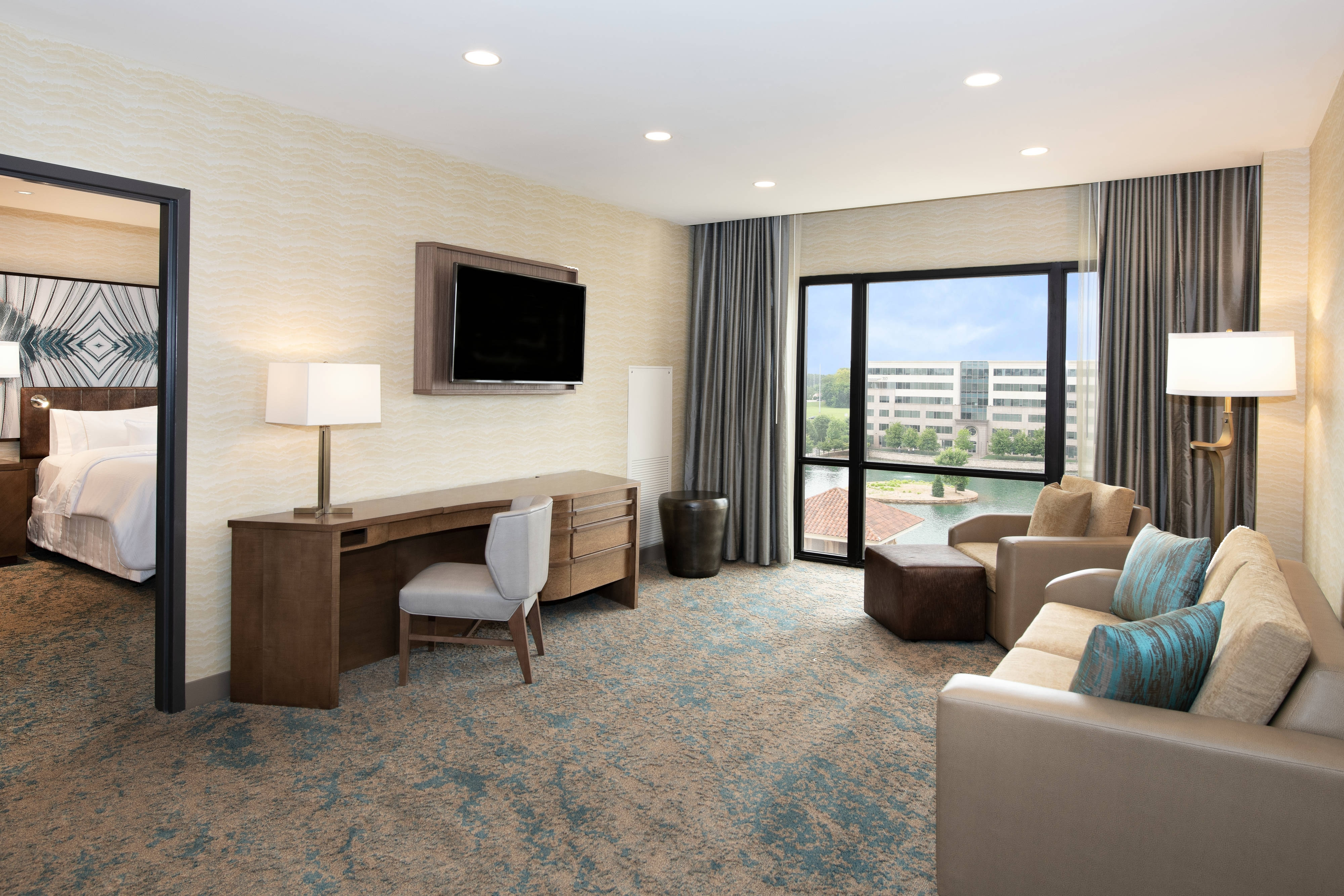 King One-Bedroom Suite - Living Area