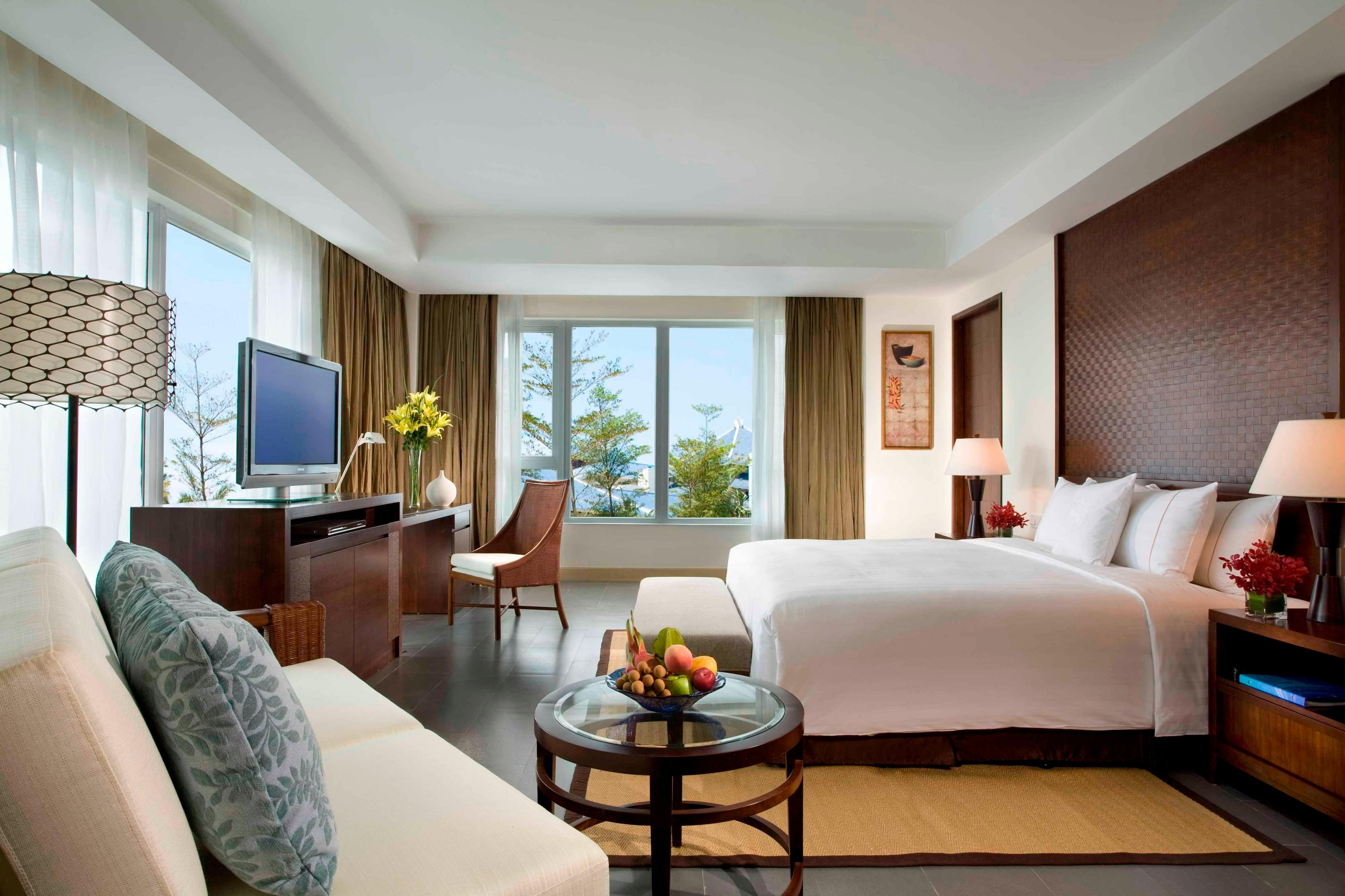 Grand Deluxe Room Sea View King