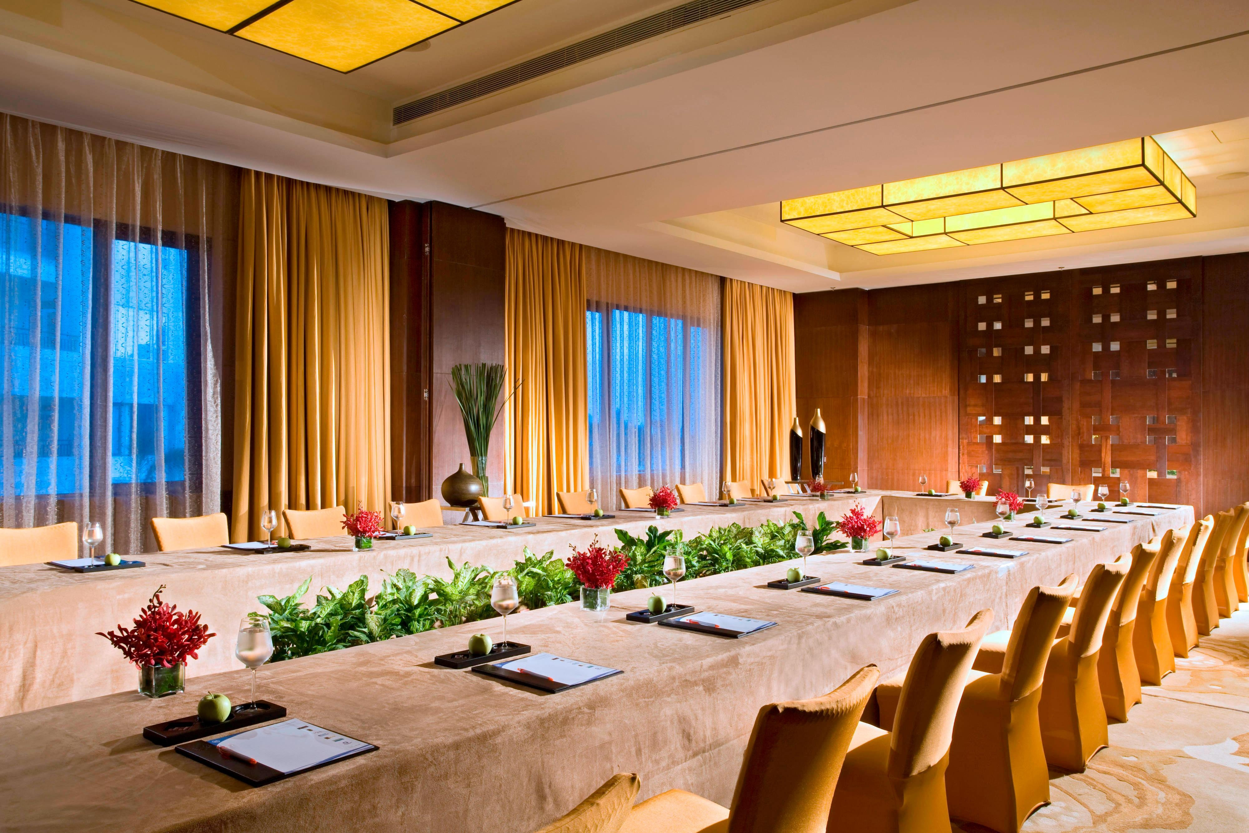 Huidong Room - Meeting