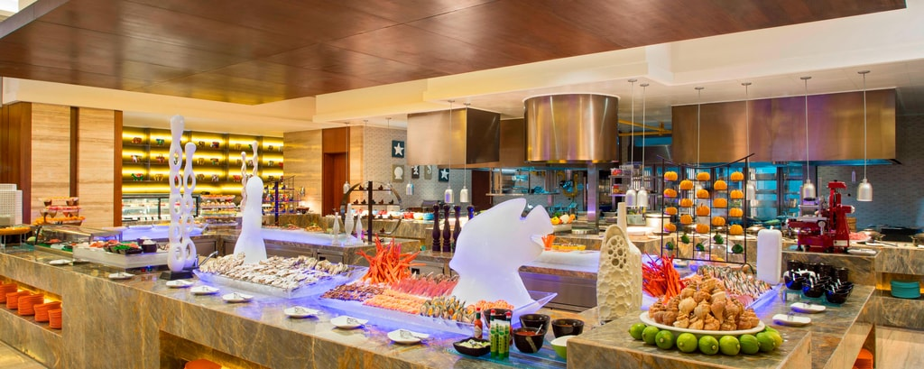 Feast Restaurant Signature Restaurant Buffet Table