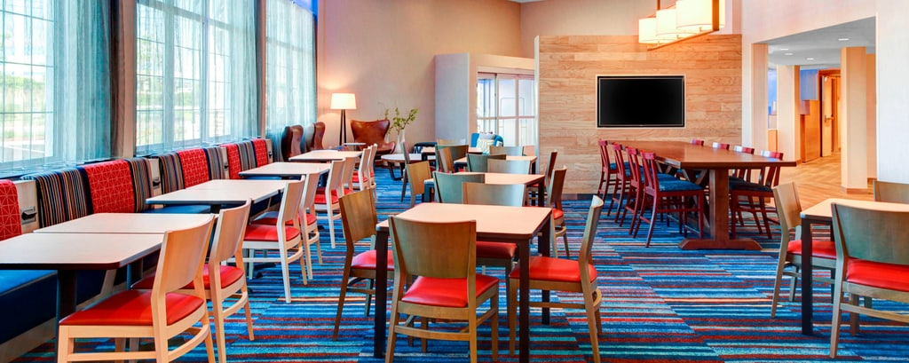 Cape Cod Dining Guide - Hyannis Dining | Fairfield Inn & Suites ...