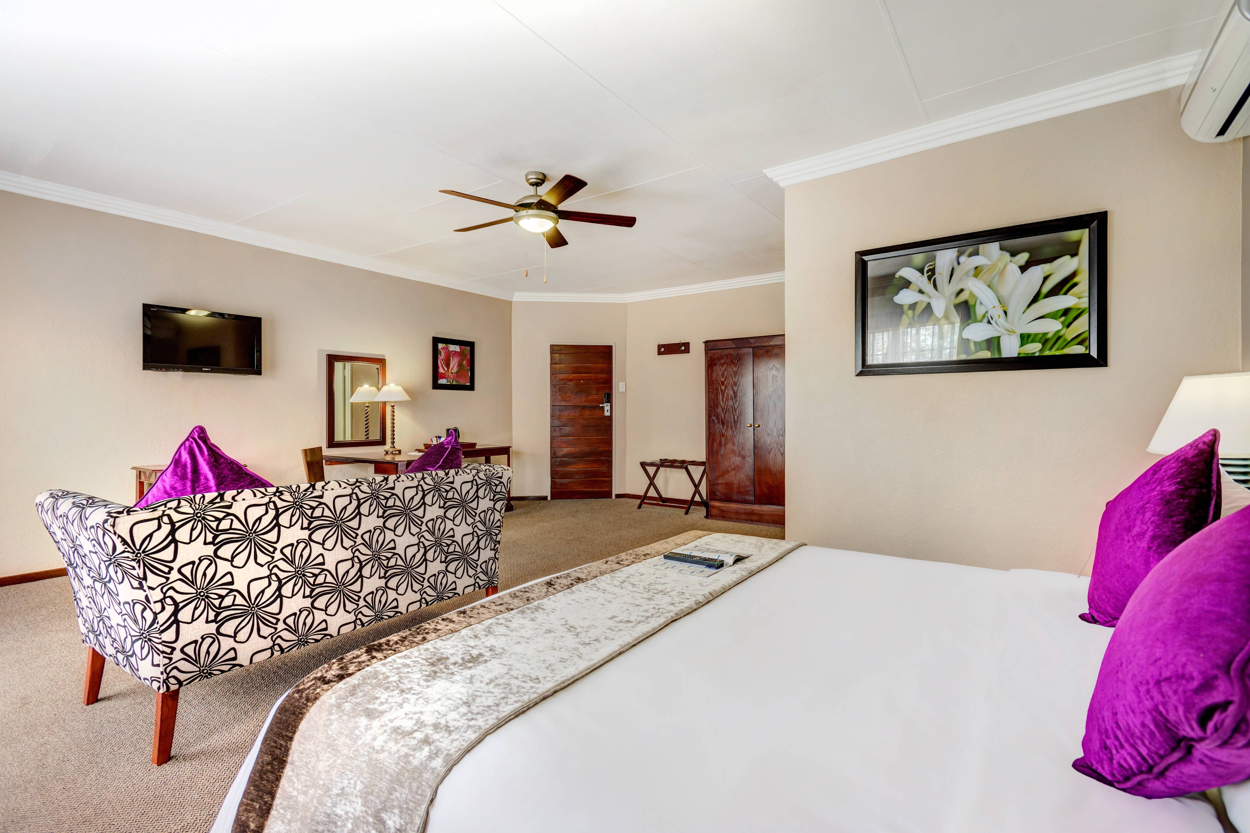 Protea Hotel Hazyview junior suite