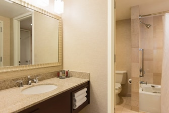 Dulles Marriott Suites Bathroom