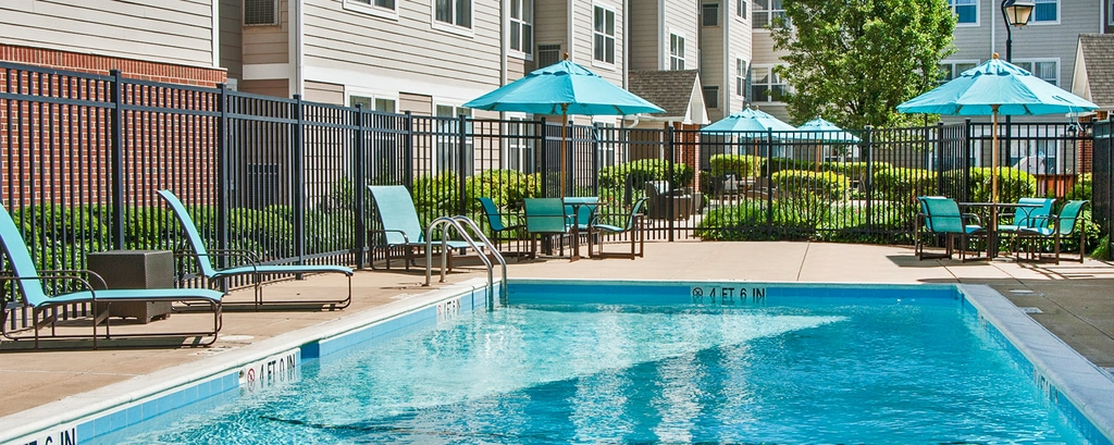 Residence Inn Fair Lakes Fairfax mit Pool