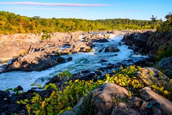 Hotels Near Great Falls Park VA