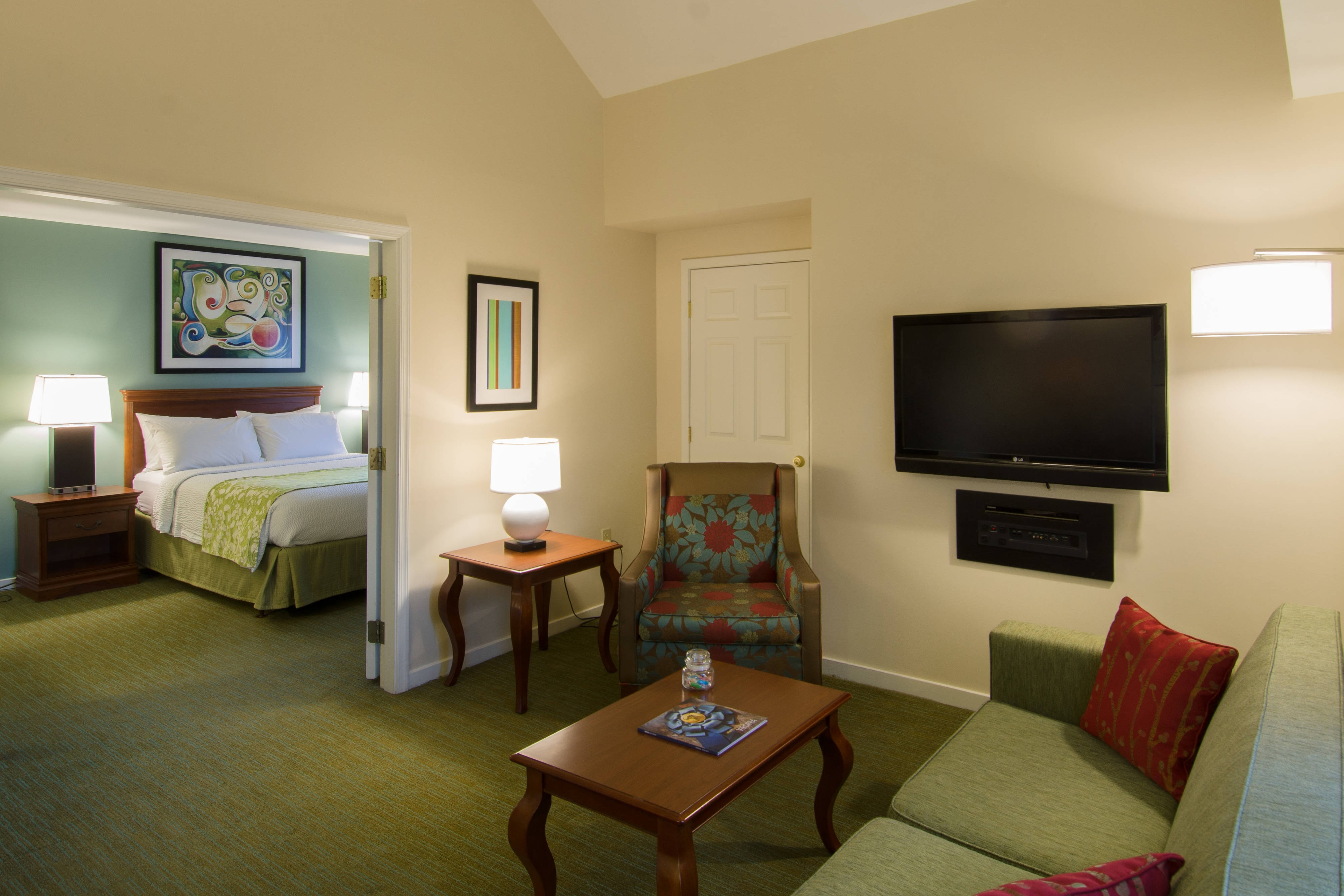 new inn orleans hor is suites suite in all clsc an hotel residence elmwood bedroom rooms west hotels msyew