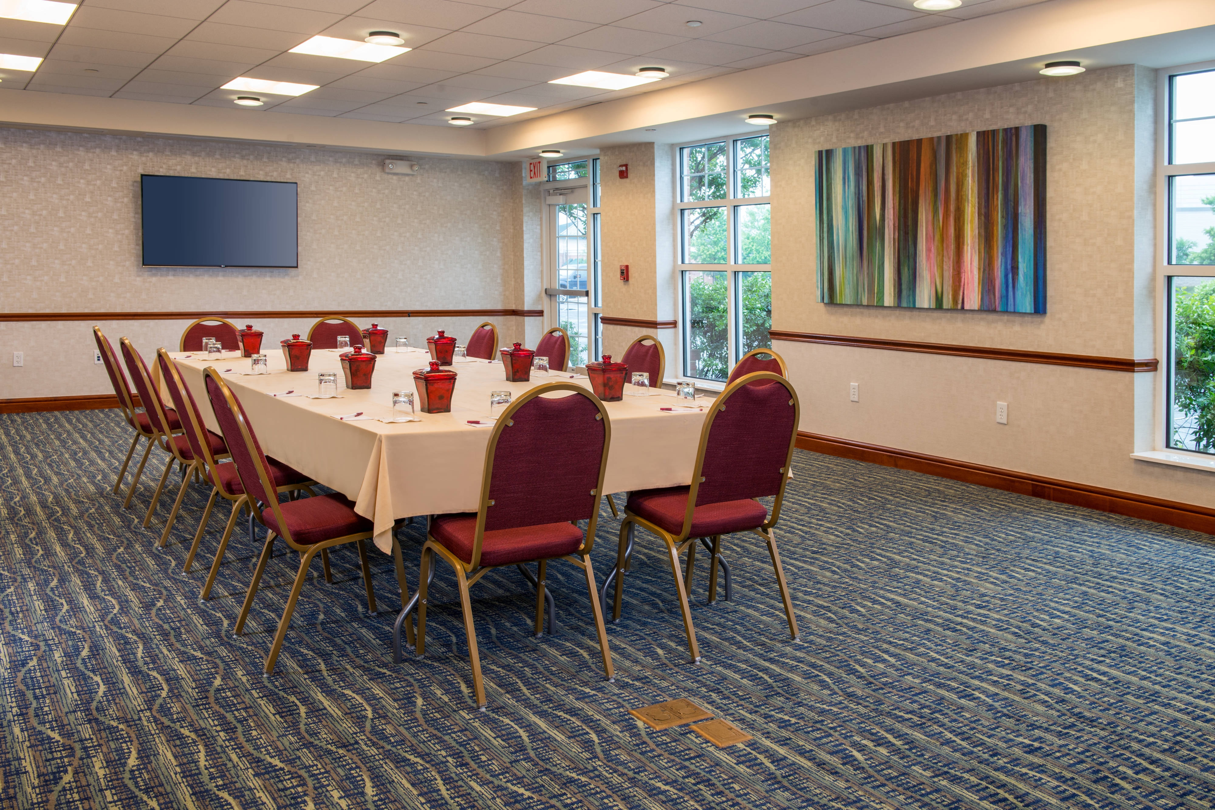 Dulles Airport Hotel Meeting Rooms