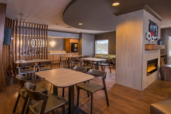 SpringHill Suites Reston Breakfast Area