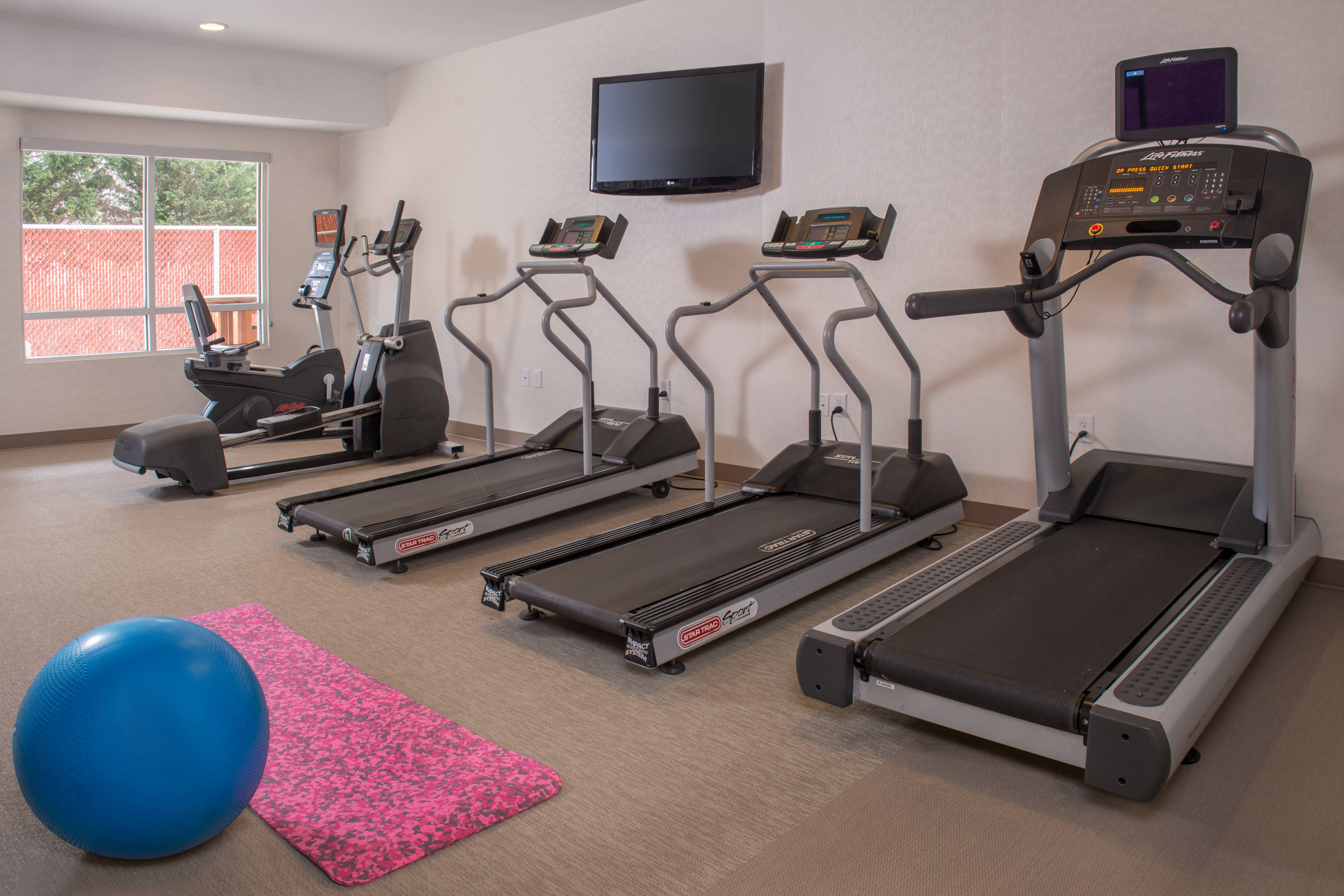 Reston Virginia Hotel Fitness Center