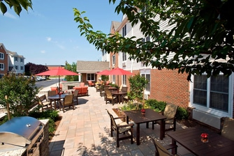 Northern Virginia Hotel Patio