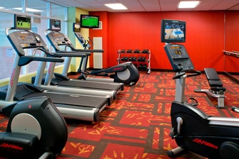 Niagara Falls hotel fitness center