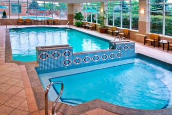 Niagara Falls hotel indoor pool