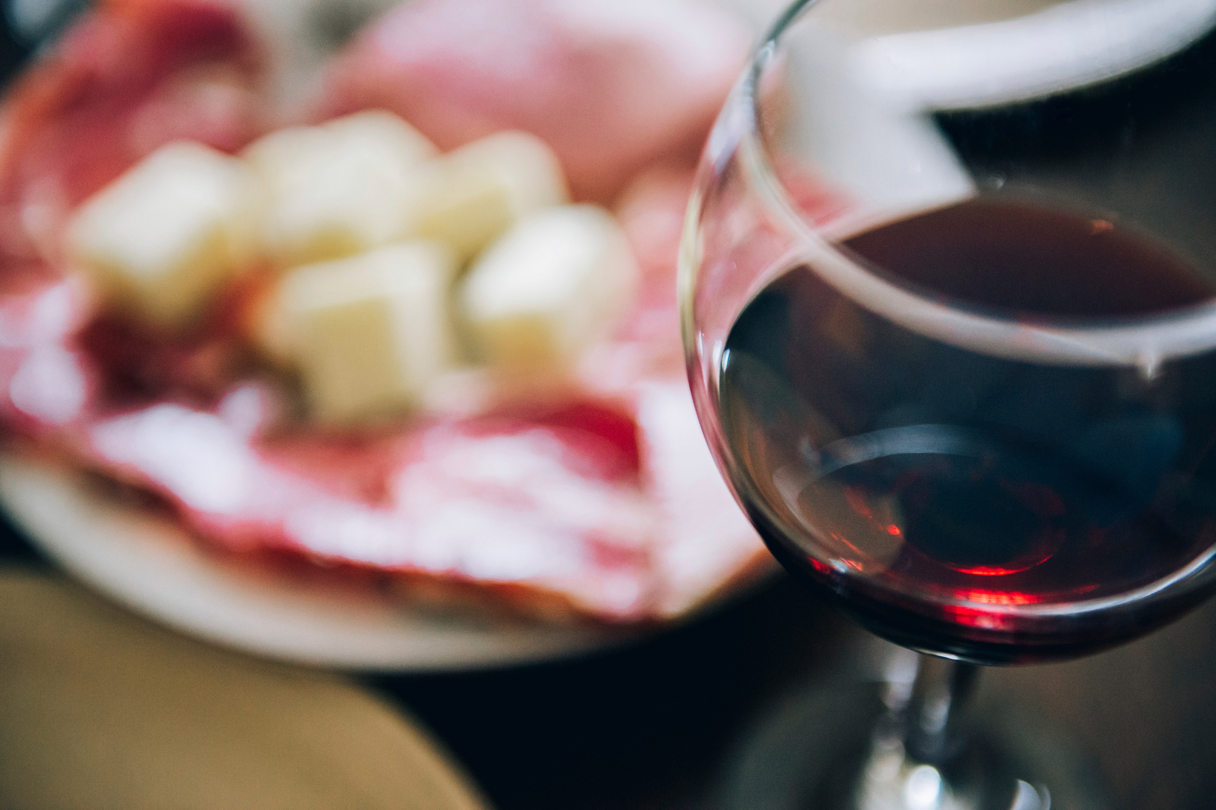 Niagara Vines Lobby Winebar