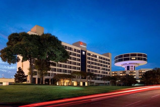houston airport hotel