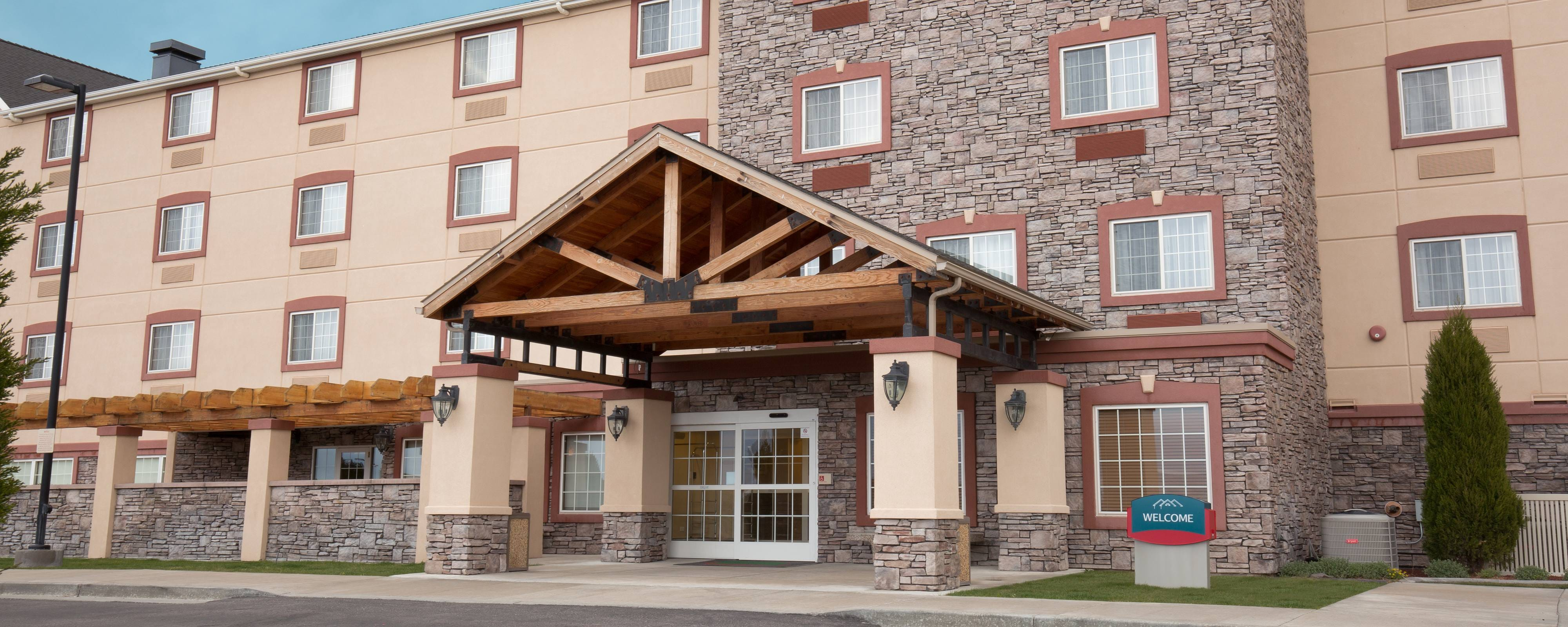 Pocatello Idaho Hotel Exterior Entrance