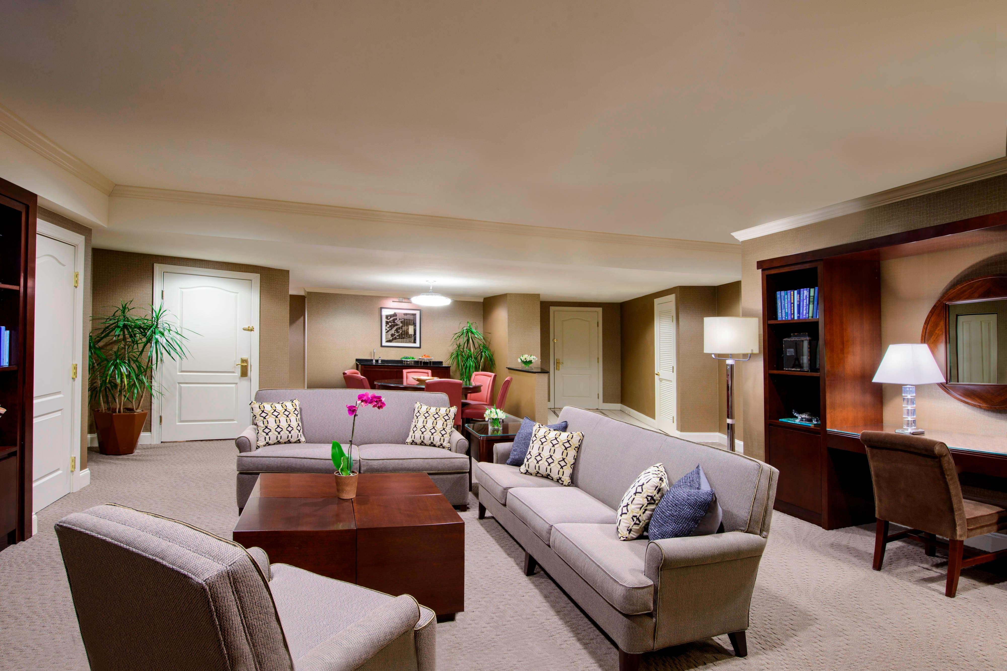 Presidential Suite - Living Space