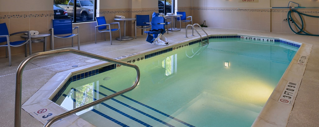 hotels with indoor pool fitness center hot tub wilmington nc