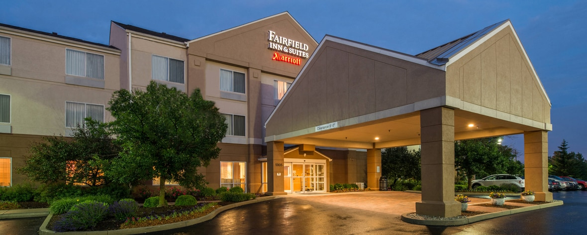 Fairfield Inn & Suites Indianapolis Northwest Exterior