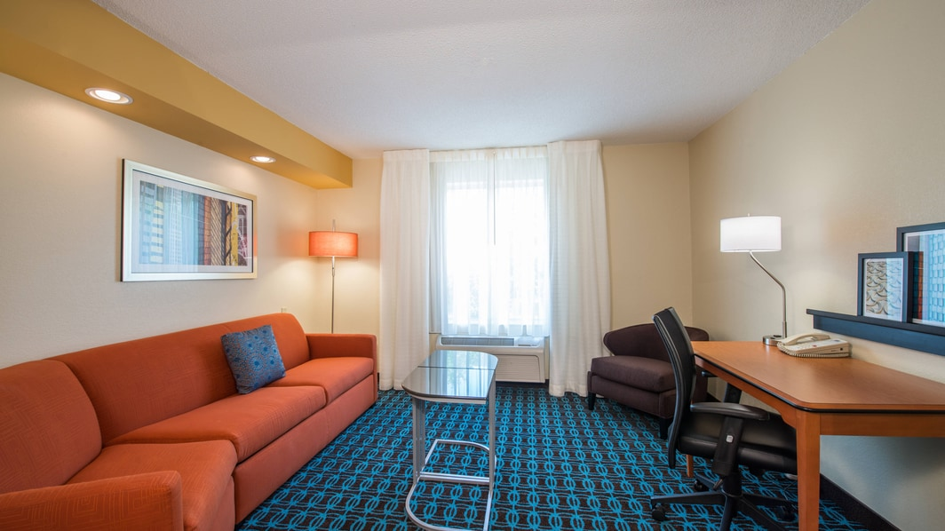 Hotels near INTECH Park Indianapolis