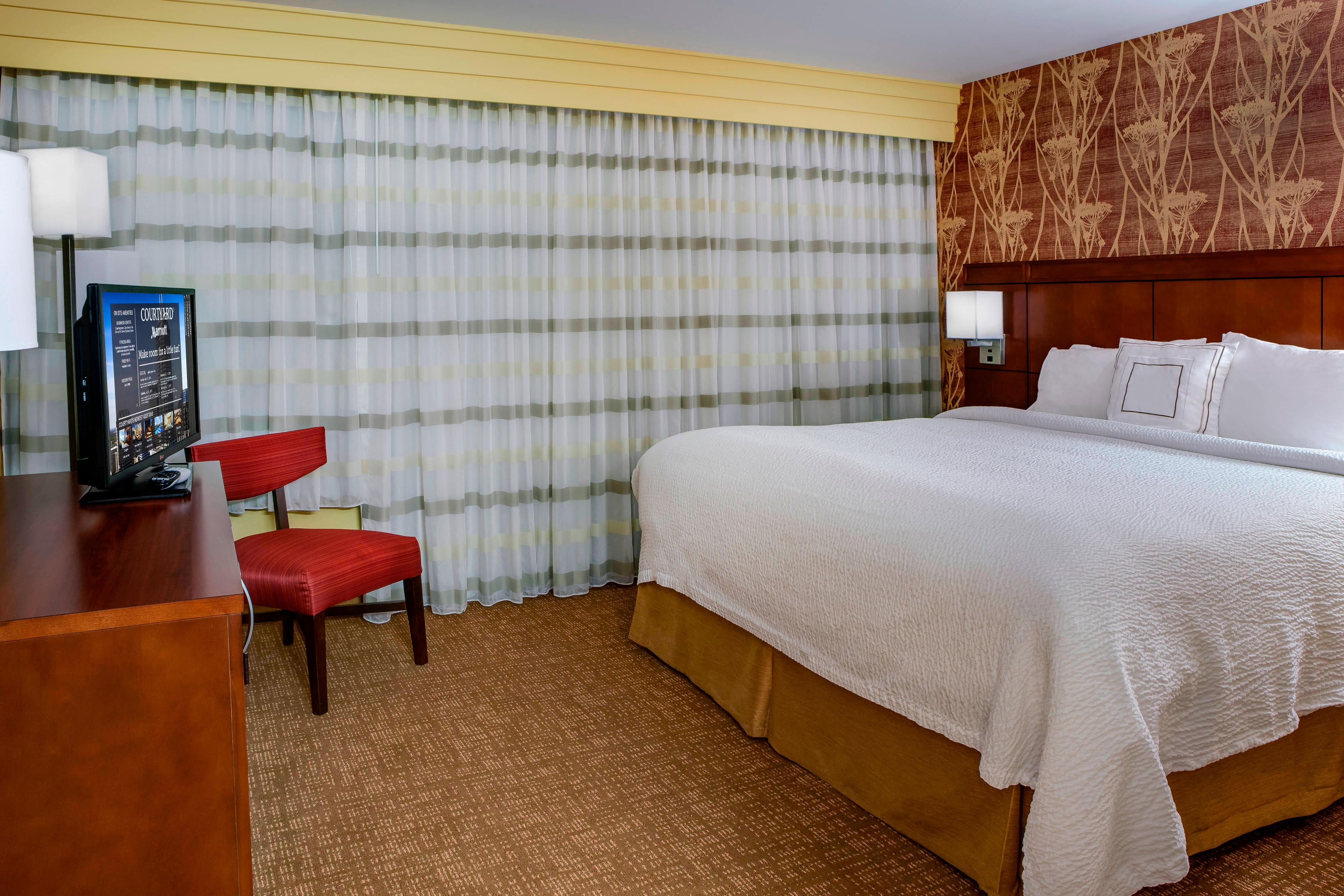 business hotel in noblesville indiana courtyard rh marriott com