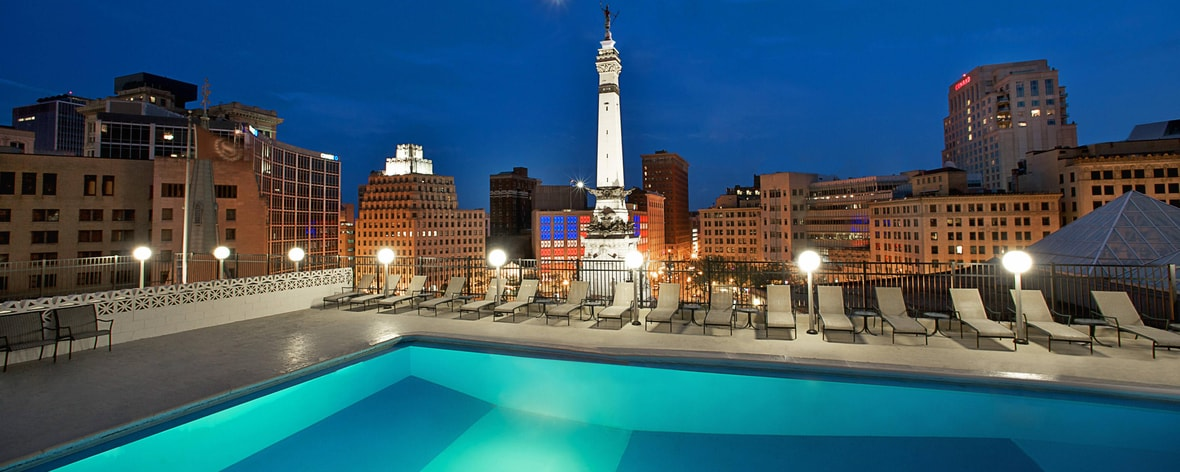Exterior: Downtown Indianapolis, Indiana Hotel