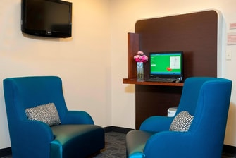 Business Center Lounge