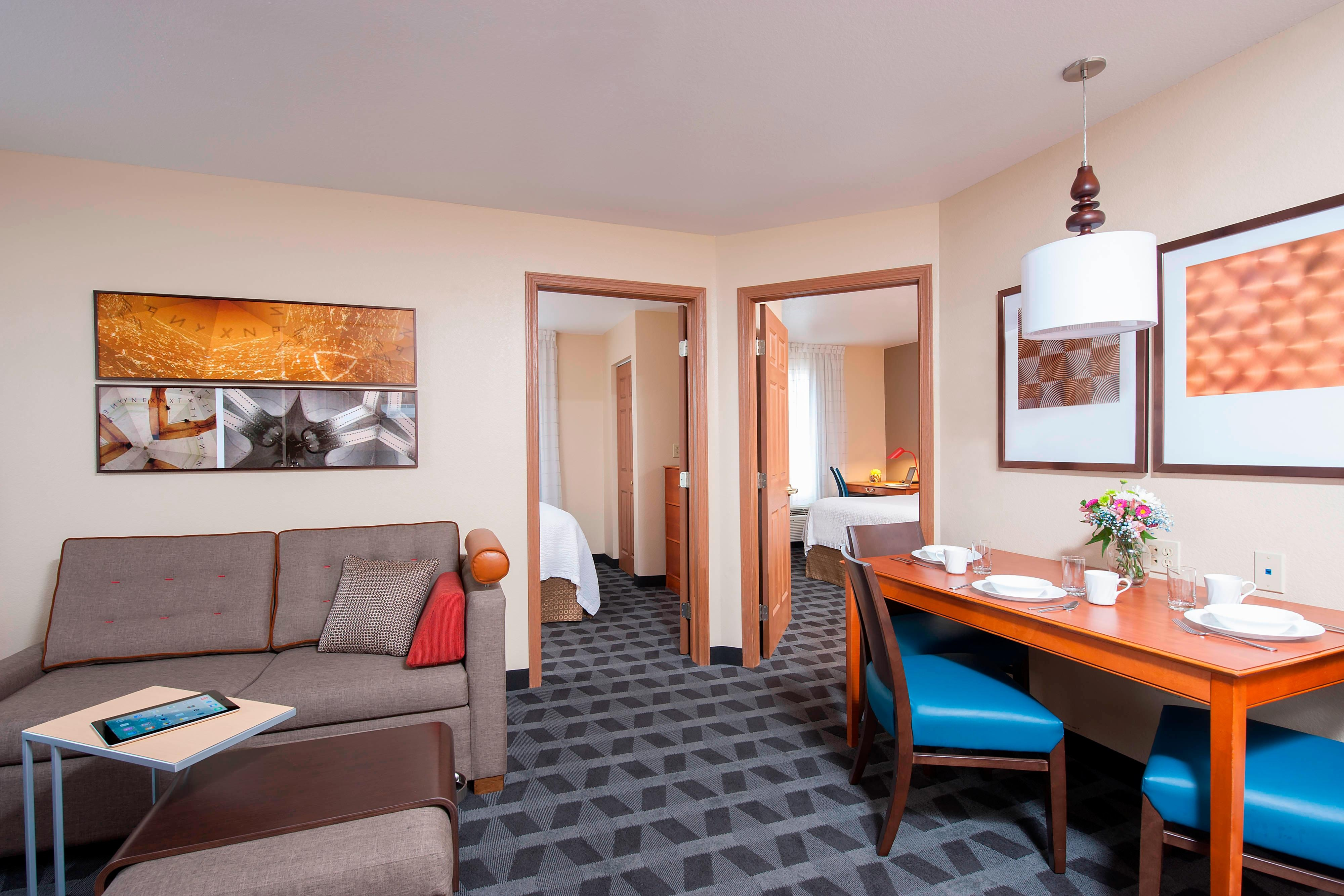 Indianapolis Hotels Towneplace Suites Indianapolis Park 100 View Guest Rooms