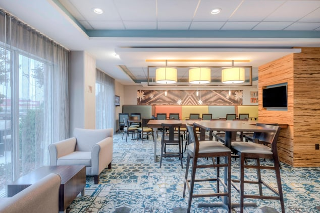 Fairfield Inn & Suites Breakfast Dining Area