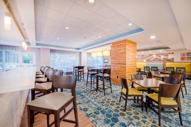 Fairfield Inn Winston-Salem Downtown Dining Area