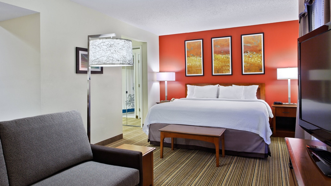 Suite near Wake Forest University