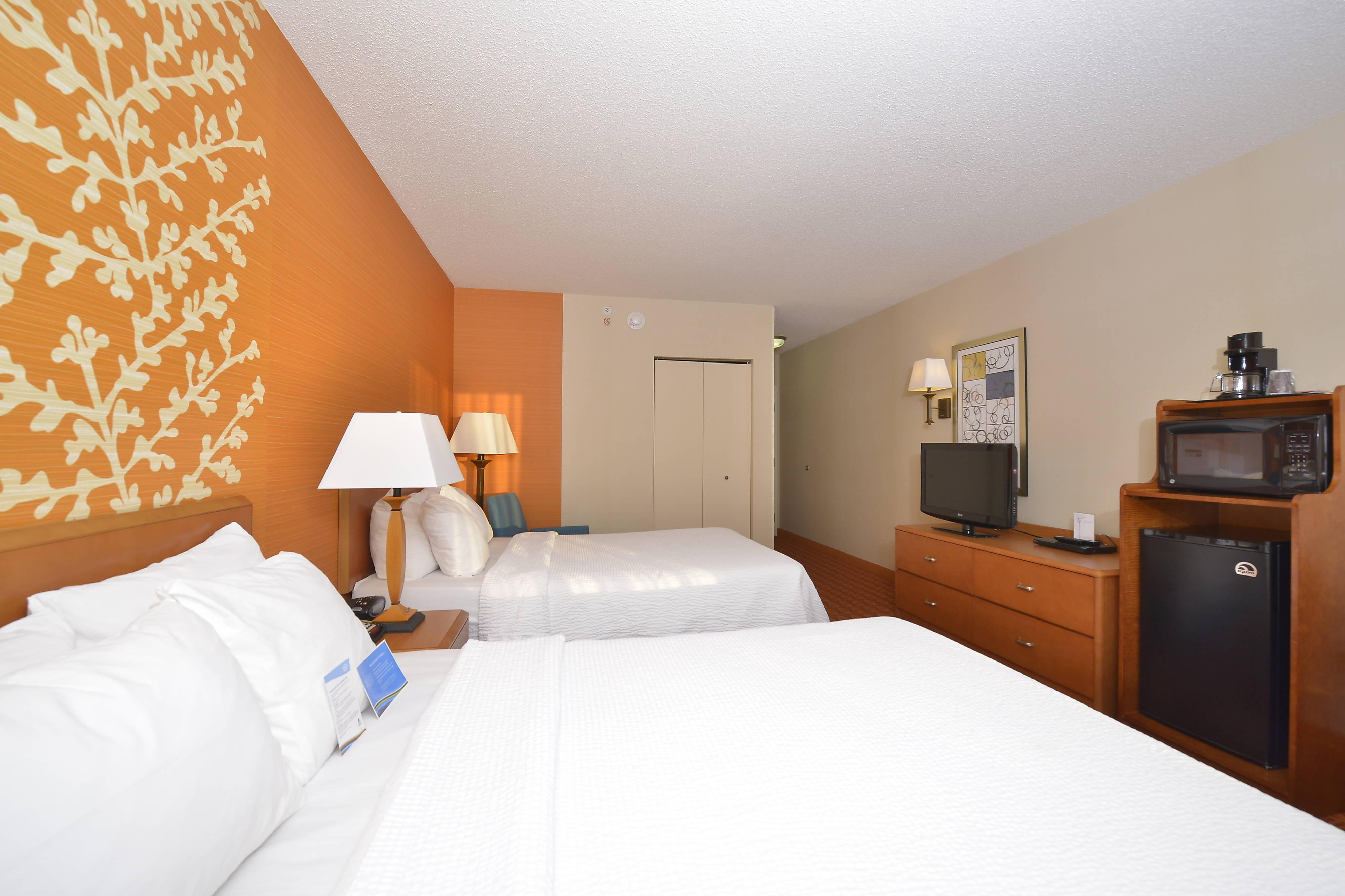 Double/Double Guest Room - Amenities