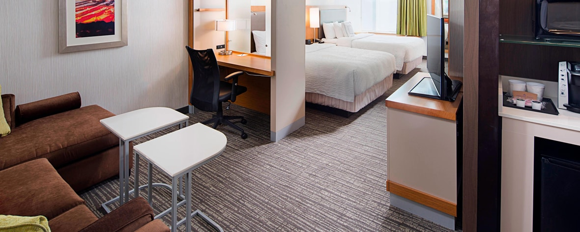 Hotels in long island ny springhill suites carle place for Springhill suites carle place garden city